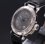 Cartier 'Pasha'. Unisex watch, 18 kt. white gold with grey dial with date, 2000s