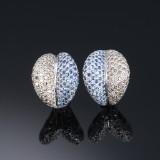 Modern oval diamond and sapphire earrings, 18 kt. white gold (2)