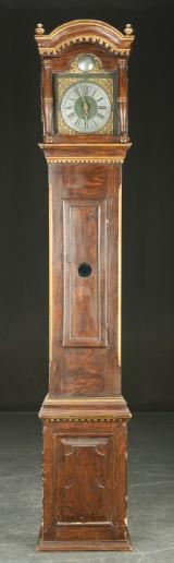 Standur i kasse af bejdset træ, omkring 1800