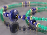 Kette aus grünem Achat, Lapis Lazuli und Sterlingsilber