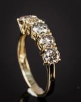 14 kt. gold ring, brilliant-cut diamonds, 2.25 ct.