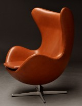 Arne Jacobsen: Lounge chair, The Egg, with Elegance leather. Maker's 'Brown Label' from 2014