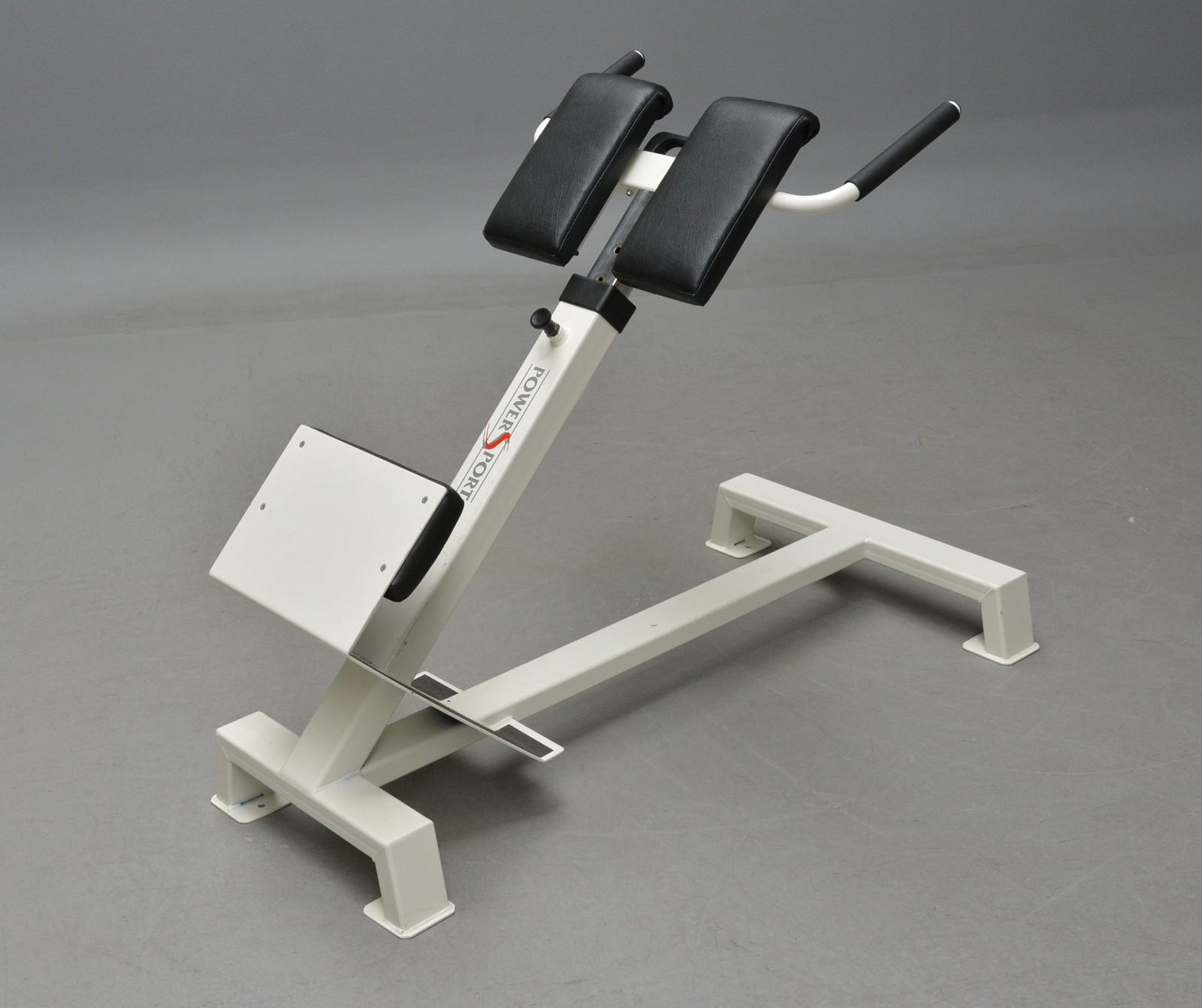 Power Sport; træningsbænk - Power Sport; justerbar træningsbænk. Fremstår med brugsspor. Mål; L 125 cm