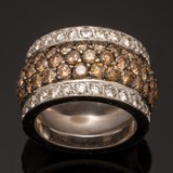 Ring with brilliant cut diamonds, in total approx. 4.15 ct, 750 white gold