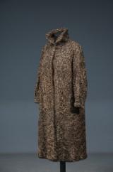 Simmelhack, Kbh. Pelsfrakke af persianer, ca. 36-38