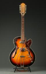 Framus. Tolvstrenget jazz-guitar, model 51012 1950'erne.