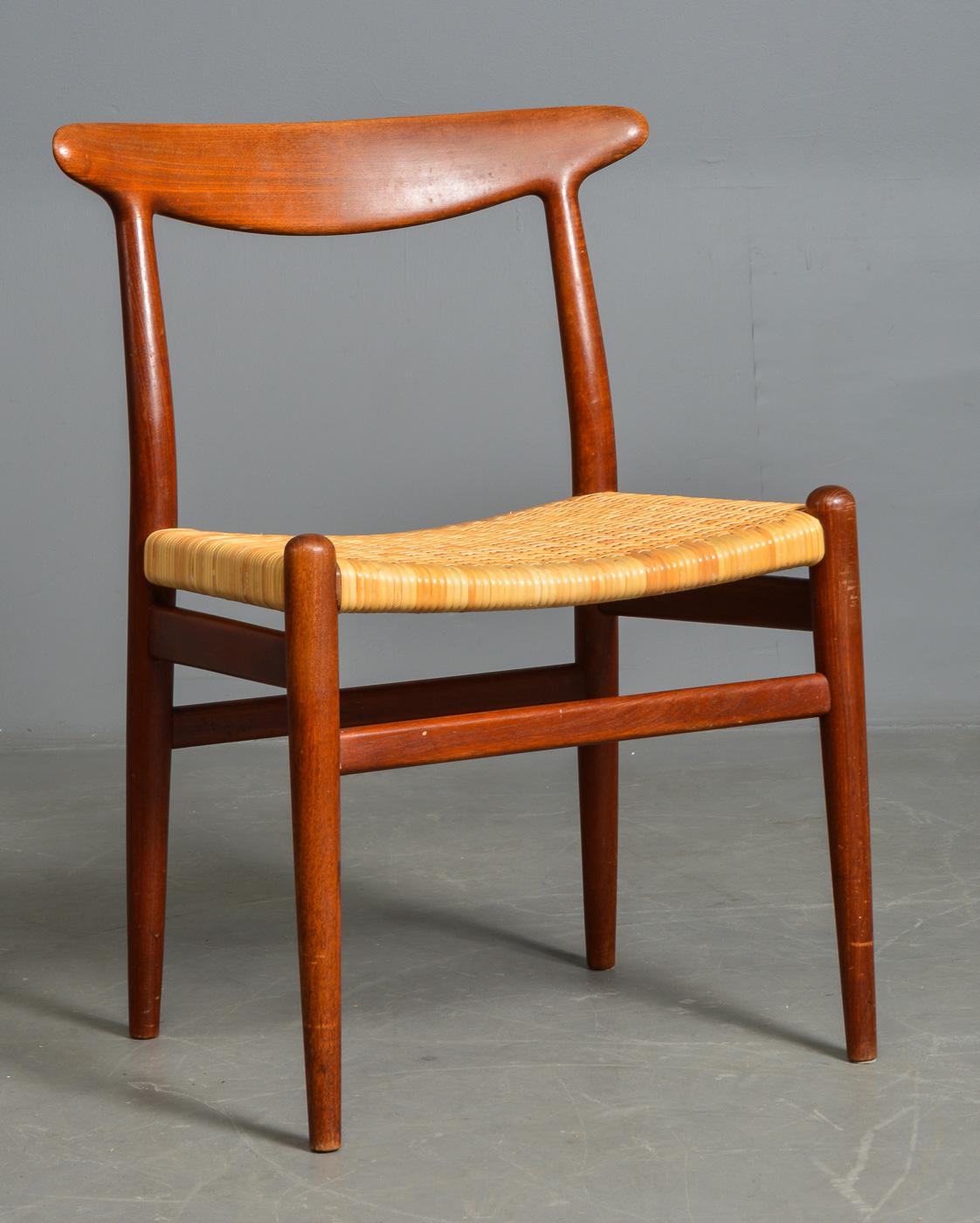 teak stol Auktionstipset   H. J. Wegner. Stol af teak m. sjeneflet, C. M. Madsen teak stol