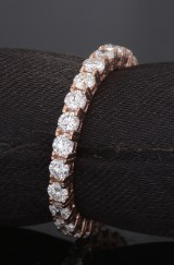 Eternity ring with brilliant cut diamonds 1.85ct