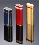 Cartier 'Must de Cartier'. Delvist forgyldte lightere med lakarbejde (3)