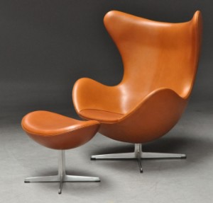 ware 3144455 arne jacobsen sessel 39 das ei mit passendem. Black Bedroom Furniture Sets. Home Design Ideas