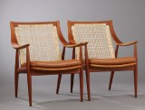 Peter Hvidt and Orla Mølgaard. A pair of lounge chairs, teak (2)