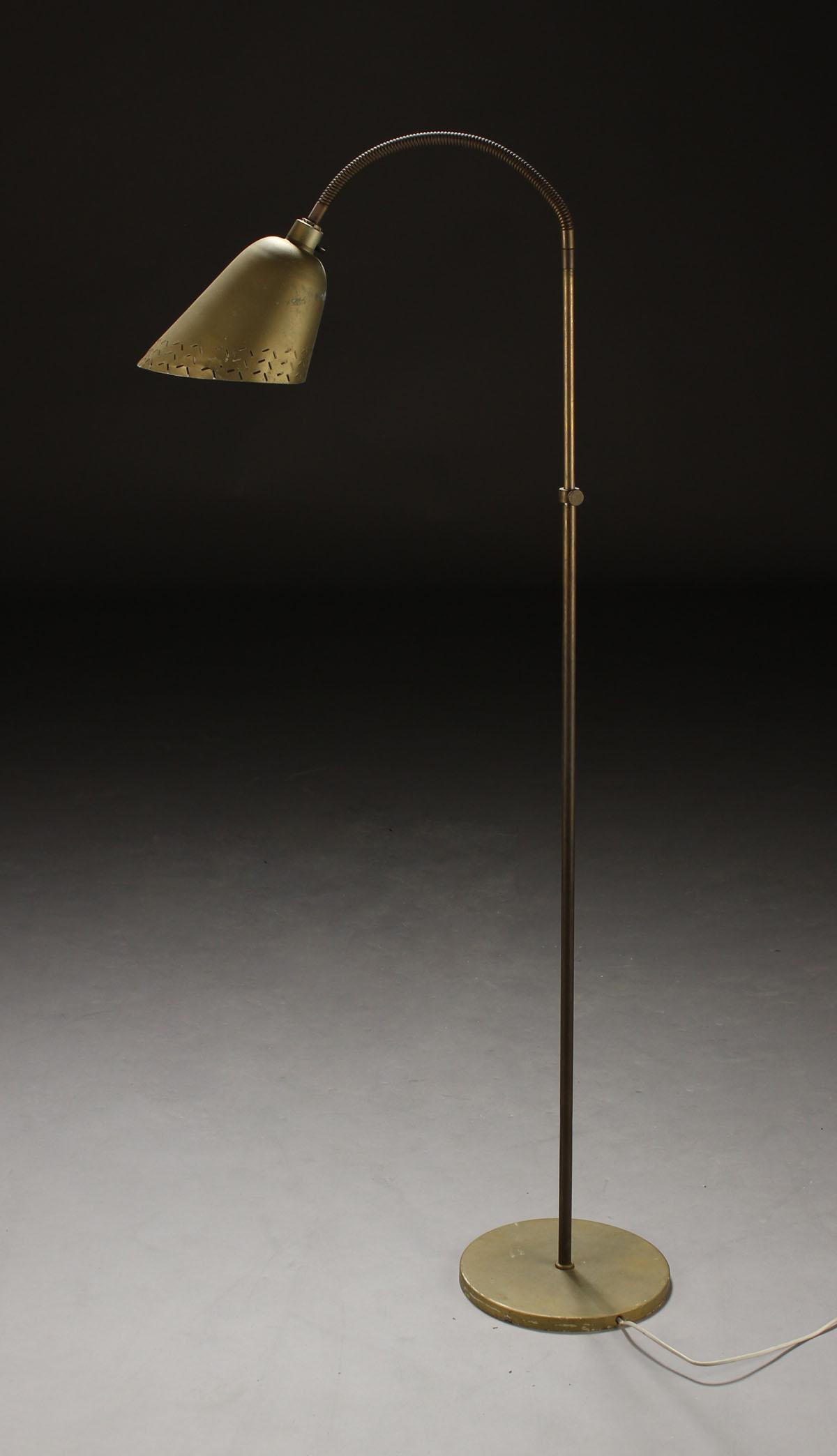 Vare 3996255 Arne Jacobsen, Bellevue standerlampe, messing