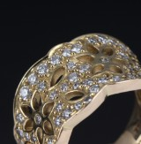 Ole Lynggaard. Lace ring, 18 kt. gold, brilliant-cut diamonds, 1.13 ct.