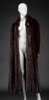 Mahogany mink coat, size 40/42, labelled Yorn Paris