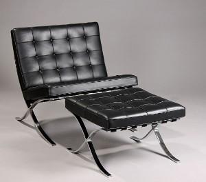 barcelona stol Ludwig Mies van der Rohe, Barcelona stol med skammel. | Lauritz.com barcelona stol