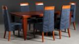 Spisegruppe: sæt på seks stole, fremstillet hos WK, med spisebord/bord (7)