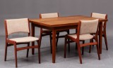 Dansk møbelproducent: Spisebord og 4 stole (5)