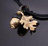 Ole Lynggaard. 'My Little World' charm af 18 kt. satineret guld og sort guld
