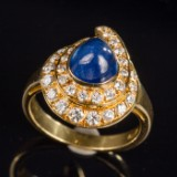 Ring with sapphire and brilliant cut diamonds, 750 gold