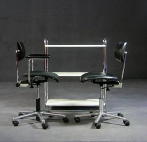 slutpris f r stuhl und hocker 2. Black Bedroom Furniture Sets. Home Design Ideas
