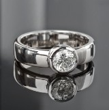 Solitaire brilliant-cut diamond ring, white gold, approx. 0.78 ct.