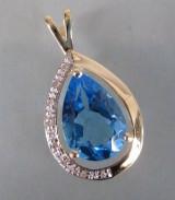 Topaz- og diamantvedhæng