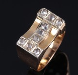 Art deco diamantring af 18 kt tofarvet guld med rosenslebne diamanter. 1920erne