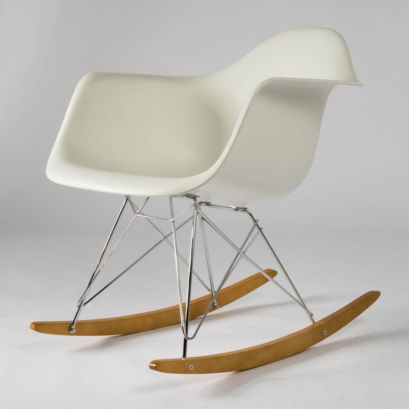 Hochwertig Charles U0026 Ray Eames Für Vitra, Plastic Armchair RAR Schaukelstuhl /  Arhmlehnstuhl / Stuhl, Entwurf 1950, Kunststoff EPC Und Chrom | Lauritz.com