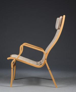 Alle nye Lænestol med stel af formspændt bøgetræ, sæde og ryg med flettede TU99