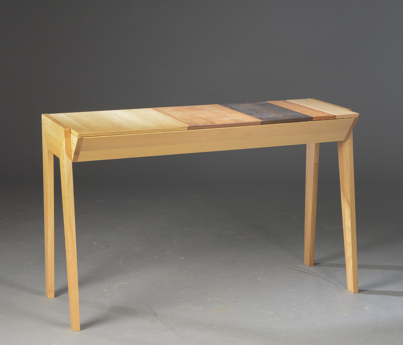 Bolia skrivebord | FINN.no