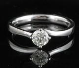 Diamond ring in 18k set with brilliant cut diamond  0.50 ct. RRP € 2,150