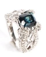Sapphire and diamond ring, handmade, 18 kt white gold, 5.41 ct.