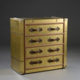 Commode with brass-coloured silk and leather handles