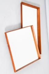 Zwei Spiegel / Wandspiegel mit Teakrahmen (2)