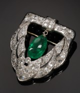 Emerald and diamond brooch, total approx. 5.76 ct. 20th century-first half