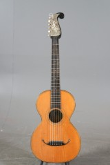 Gitarr, Johan Hornsteiner, i Johann Georg Stauffer stil (2)