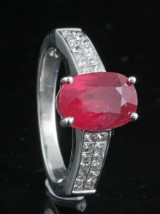 Diamond and ruby ring in 18kt approx. 1.20ct, By Kapriss