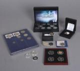 Mønthuset Danmark m.m. Samling mønter / medaljer bl.a. Polarår guld 2007-2009, Hækkerupsættet, 8 jubilæumsmønter m.m. (29)