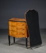 Entrésæt, kommode og spejl, 1900-tallet (2)