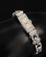 Mondaine. Art Deco diamond watch, platinum. Weight approx. 25.8 g. c. 1920
