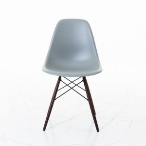 charles eames stol Ray och Charles Eames stol | Lauritz.com charles eames stol