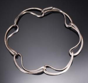 5f1bd1cbc87 Georg Jensen. Infinity halskæde af sterlingsølv, dess no. 452   Lauritz.com