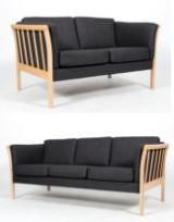 Dansk Design:Tremme sofaer 2-3 pers., i lakeret bøg (2)