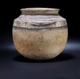 Mesopotamian pot with decoration, Iran 3rd century BC