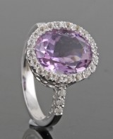 Diamond and amethyst ring approx. 0.08ct