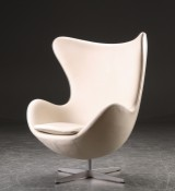 Arne Jacobsen. Lounge chair, The Egg, model 3316