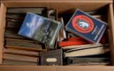 1 flyttekasse med samling frimærker