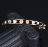 Victorian diamond bangle, 14 kt. gold, total approx. 2.60 ct. c. 1890