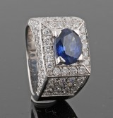 18Kt handmade diamond and sapphire ring, approx. 2.63ct.