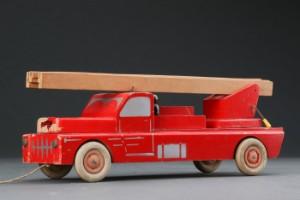 Sidste nye Lego. Brandbil af træ | Lauritz.com US-14